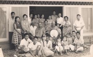 Bersama Gurunya Mahasi Sayadaw di Bandung